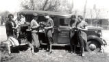 Women by bookmobile